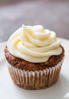 vegetarische frühlingsrezepte karotten muffins cupcake creme