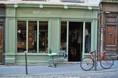 Fripesketchup  Magasin fripes, vintage, vêtements, accessoires 25, rue du Sergent Blandan Lyon Croix-Rousse