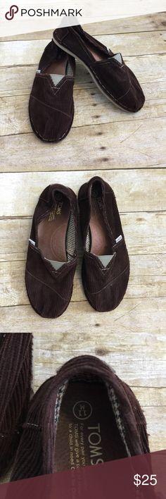 Men's corduroy TOMS slip on shoes Like new! Brown corduroy classic TOMS. Toms Shoes Loafers & Slip-Ons
