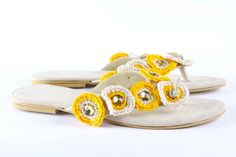 Jeweled leather sandal Retro Quilt Yellow / Beige by Gesinee, Palm Beach Sandals, Leather Sandals, Baby Shoes, Beige, Jewels, Quilts, Retro, Yellow, Trending Outfits