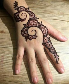 Mehndi is something that every girl want. Arabic mehndi design is another beautiful mehndi design. We will show Arabic Mehndi Designs. All Mehndi Design, Back Hand Mehndi Designs, Finger Henna Designs, Simple Arabic Mehndi Designs, Mehndi Designs For Girls, Mehndi Designs For Beginners, Mehndi Designs 2018, Modern Mehndi Designs, Mehndi Designs For Fingers
