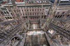 Milan Duomo flying buttresses from above-Edit