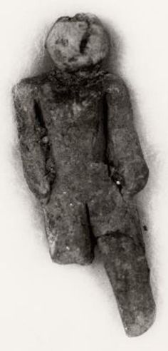This small hand-made human figurine was found in Nampa, Idaho in 1889. Pretty standard right? Not in the slightest. This figurine was found at a depth of around 320 feet during a drilling operation. The depth that it was found at would make the time period that it was created in far before humans came to this part of the world. No one has ever been able to explain how it arrived at this spot, but plenty have come forward to simply say it is simply impossible.