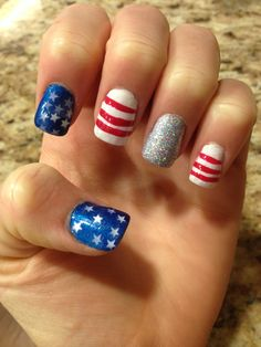 4th of July nails!!