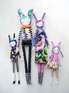 modflowers: jewel family dolls