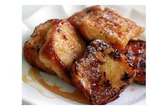 """Portuguese Rabanadas:  I didn't know it's a traditional Portuguese food! In my country, it is commonly called """"Bombay Toast""""! :)"""
