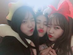 I.O.I : Yoojung, Somi et Sohye se retrouvent pour une soirée pyjama Extended Play, South Korean Girls, Korean Girl Groups, Ioi Nayoung, Jung Chaeyeon, Choi Yoojung, Kim Sejeong, Jeon Somi, Famous Women