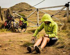 Colores en @lavidadeviaje!    #cicloturismo #outdoor #viajes #travel #outdoor #selkn #selknam #hechoenchile