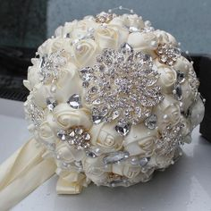 Cheap brooch bouquet, Buy Quality wedding bouquet directly from China bouquet de mariage Suppliers: 2016 hot Best Selling Price Ivory Cream Brooch Bouquet Wedding Bouquet de mariage Polyester Wedding Bouquets Pearl Flowers buque Cheap Wedding Flowers, Bridal Flowers, Satin Flowers, Silk Roses, Wedding Ideas, Wedding Brooch Bouquets, Flower Bouquet Wedding, Bling Bouquet, Broschen Bouquets