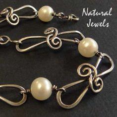 Interlock link (NaturalJewels)