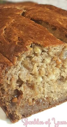 This Pumpkin Spice Caramel Banana Bread takes pumpkin spices along with caramel gooey goodness, in a super simple banana bread turns out to be ohh so delish! Banana Bread Recipes, Pumpkin Recipes, Fall Recipes, Holiday Recipes, Autumn Bread Recipes, Diet Recipes, Recipies, Breakfast Bread Recipes, Cooking Pumpkin