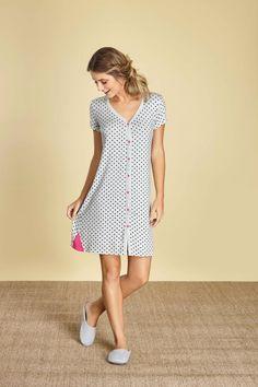 Sewing Lingerie, Jolie Lingerie, Pijama Satin, How To Dress A Bed, Long Tops, Pyjamas, Nightwear, Night Gown, Lounge Wear