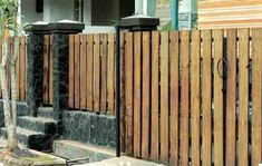 70 Minimalist House Fence Designs (Wood And Iron) House Fence Design, Driveway Gate, Into The Woods, Minimalist Home, Wood Design, Backyard Landscaping, Landscape Design, Building A House, Interior Design