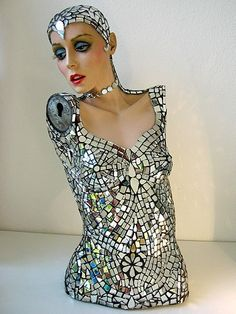 Mannequin Art. I'm currently restoring an old 1970's mannequin and trying to get some inspiration. I could never do this but it's stunning!