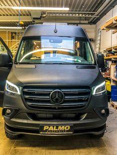 Mercedes Benz Vans, Mercedes Sprinter Camper, Benz Sprinter, Vw Bus, Bus Camper, Kombi Motorhome, Campervan, Off Road Camper Trailer, Class B Rv