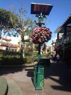 Floral Lamp Posts @ Downtown Disney, LA   JO