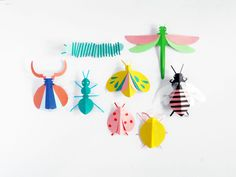 DIY PAPER BUGS HAND PUPPETS |