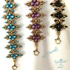 This is a 7 pages PDF instant download file on how to make the Bracelet  La Diamanta  in English This tutorial has several diagrams and are easy to follow with written instructions La Diamanta is made with 2 hole cabochons, 2 hole lentils, Miyuki seedbeads 11/0,3mm rounds and superduos. This is not a finished piece of jewelry.  Also available as kit ( beads only!!!) https://www.etsy.com/listing/489426509/beading-kitla-diamanta-bracelet-in?ref=shop_home_activ...
