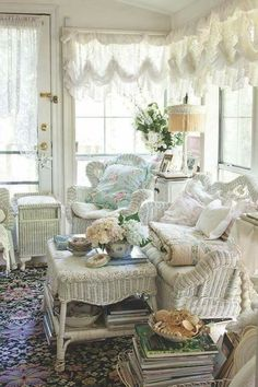 Fairyland Cottages - Page 2 of 7 - Cottage Journal - Cottage decor: Sitting room – Fairyland Cottages Romantic Cottage, Shabby Chic Cottage, Shabby Chic Homes, Cottage Style, Bedroom Romantic, Shabby Bedroom, Cottage Farmhouse, Romantic Getaway, Farmhouse Style