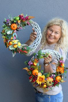 Thanksgiving Wreaths, Thanksgiving Decorations, Cute Crafts, Diy And Crafts, Fall Gifts, Fall Decor, Holiday Decor, Flower Fashion, Door Wreaths
