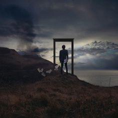 Surrealismo con Vicente Bourilhon  Vincent Bourilhon es un fotógrafo francés que nos trae toda la naturaleza imaginaria combinando la manipulación digital para así obtener imágenes increíbles que invitan a otro mundo.