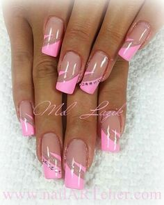 nails nails Related posts: Some simple nails, but so elegant On one or two nails maybe, or toes! Nagellack Sarg lang in dezenter Nude Farbe – elegant nail designs for short nails – page 22 Nail Tip Designs, French Nail Designs, French Nail Art, French Tip Nails, Summer French Nails, Halloween Nail Designs, Halloween Nails, Pink Halloween, Pink Nails