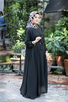 New hemde yep new ferace Pocket and belt model is out of shape 144 cm 36 & 38 40 & 42 Fabric thin silk tod Price 235 tl order whatsaap 05321138995 Burqa Fashion, Moslem Fashion, Muslim Women Fashion, Hijab Fashion, Burqa Designs, Abaya Designs, Modele Hijab, Eid Outfits, Hijab Style