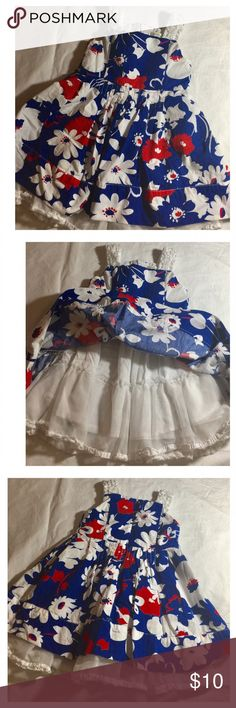 The children PLACE floral dress like new The children PLACE floral dress like new for 24 months old Children's Place Dresses