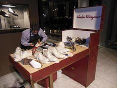 NIEUW. Italiaans schoenenmerk Salvatore Ferragamo in Verso