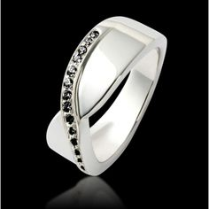 3077b5576de Bague Eternelle diamant noir en or blanc 18K et pavage diamant. Pierre de  centre et