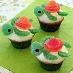 these are adorable little turtles.  too sweet!