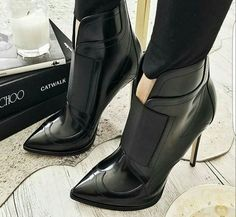 Jimmy choo...beautiful...