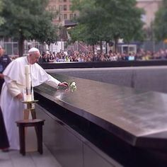 Pope Francis at 9/11 Ground Zero Memorial | Pope in US | Pope in NYC | Pope Francis Remembers