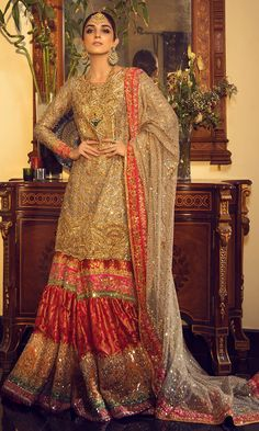 Buy Pakistani bridal dresses online from bridals. Shop latest collection of designer bridal wedding dresses online and get ready for your big day. Pakistani Bridal Dresses Online, Latest Bridal Dresses, Bridal Mehndi Dresses, Walima Dress, Shadi Dresses, Pakistani Wedding Outfits, Pakistani Bridal Wear, Bridal Lehenga Choli, Bridal Outfits