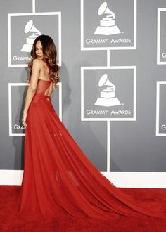 Best dressed beautiful Rihanna in Azzedine Alaia at the 55th Annual Grammy Awards.