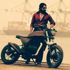 KGF chapter 1 Film Pictures, Galaxy Pictures, Film Images, Actors Images, Boy Pictures, Actor Picture, Actor Photo, Hd Picture, Dj Movie