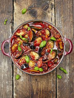 15 minutes meal - Jamie Oliver Classic ratatouille - Makes A LOT. Will cut it in half next time