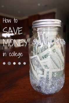 buying textbooks, paying for food, and putting money towards tuition, it?s easy to see the importance of saving money in college. Here are some tips on saving money in college, and ways to budget the money you?re no longer spending. Saving For College, College Hacks, College Years, College Life, College Book Bag, College Savings, Ways To Save Money, Money Saving Tips, Money Tips