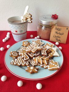 Jamie forró csokija – Sütit akarok! Gingerbread Cookies, Cereal, Food And Drink, Drinks, Breakfast, Minden, Desserts, Image, Drinking