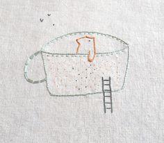 bordados: bordado a mano // handmade embroidery - oso bañista