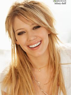 Hilary Duff...love this natural look!! She has amazing teeth!