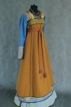 Costume by Savelyeva Ekaterina Viking Garb, Viking Dress, Norse Clothing, Medieval Clothing, Historical Costume, Historical Clothing, Vikings, Viking Embroidery, Renaissance Dresses