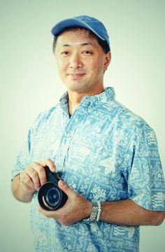 ゲスト◇高村達(Toru Takamura)東京に生まれる。日本大学芸術学部写真学科卒業後、電通フォトスタジオを経て独立。コマーシャルスタジオの分野で定評がある。また創作活動にも積極的に取組み最近は錆をテーマにした個展。2011年ホテル椿山荘アートギャラリー「corrosion_腐食」。2013年EIZO ガレリア銀座「天空反映」写真展。植物園をテーマに2013年EIZO ガレリア銀座「ガラスの中の杜 Green in the glass」発表、2014年5月、ニコン銀座プロムナードに作品展示。現在はデジタルアーカイブからデジタルネガによるプラチナプリントを制作中。公益社団法人日本写真家協会会員。金沢美術工芸大学非常勤講師。