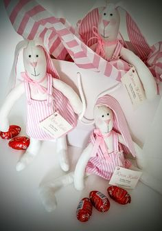 Roisin Rabbit has arrived at eirlooms with yummy Lindt chocolate eggs in time for Easter! Lindt Chocolate, Irish, Rabbit, Eggs, Easter, Anime, Gifts, Handmade, Presents
