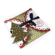 Happy Holidays Scallop Tri-Fold Card | Sizzix.co.uk