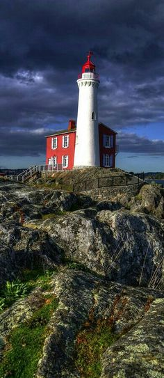 ■ FISGARD LIGHTHOUSE - COLWOOD - BRITISH COLUMBIA - CANADA. ■ PHARE DE FISGARD…
