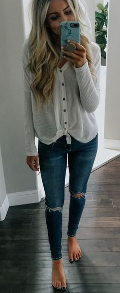 b1cf6104681 25+ Perfect Spring Outfits To Inspire Yourself