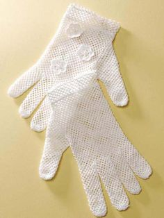 Bridal Gloves - In order to see this pattern, you will have to register and/or log in to freepatterns.com