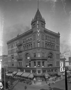 Levy Brothers store,N.E. corner of 3rd and Market Streets, Louisville, Kentucky, 1921. :: Caufield & Shook Collection