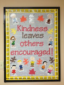 A Dash of Ash: Fall classroom decor- Charlie Brown fall bulletin board